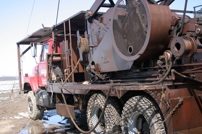 Gas & Oil Well Drilling Service Rigs - Les Wilson Inc
